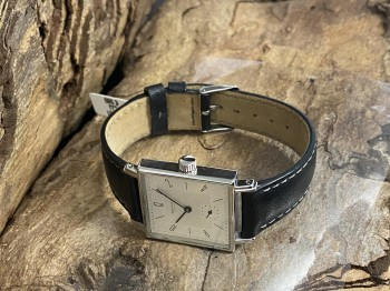 Nomos Glashütte Tetra stainless steel with leather strap Ref. 408