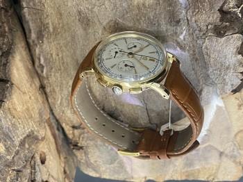 Omega Vintage Chronograph 14 K Gelbgold an Lederband