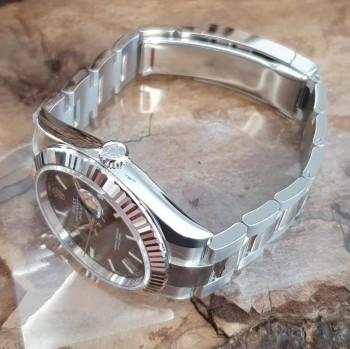 Rolex Datejust 41mm FULL SET NEU TEILVERKLEBT Ref. 126334