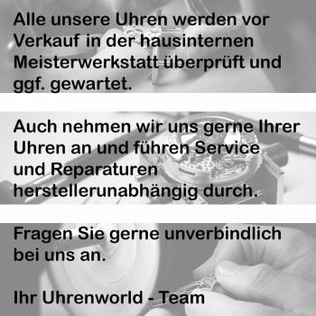 Breitling Navitimer World an schwarzem Lederband Ref. A2432212