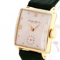 IWC Schaffhausen International Watch Co. 18 K Gelbgold an Lederband