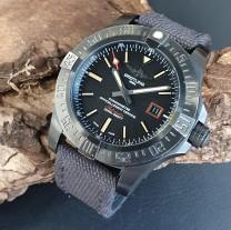 Breitling Avenger Blackbird 44 Ref. V17311