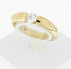 Ring in 18 k yellow gold with brilliant ca. 0,45 ct.
