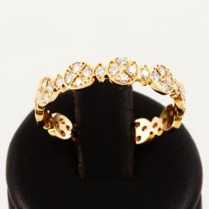 Ring 14 K Gelbgold mit 50 Diamanten besetzt mit gesamt ca. 0,5 ct.