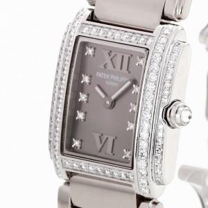 Patek Philippe Twenty 4 Diamond 18 K white gold Ref. 4908/200