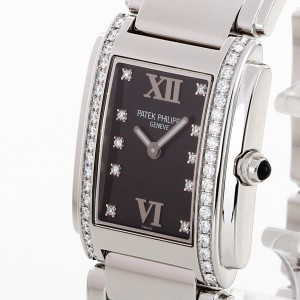 Patek Philippe Twenty 4 Diamond Ref. 4910/10A
