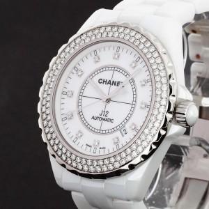 Chanel J12 Weiß mit Diamanten Keramik Automatik 42 mm Ref. J12 H2013