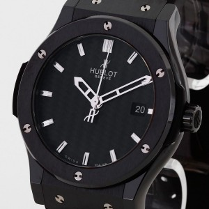Hublot Classic Fusion Black Magic Keramik an Kautschukband Ref. 542.CM.1770.RX