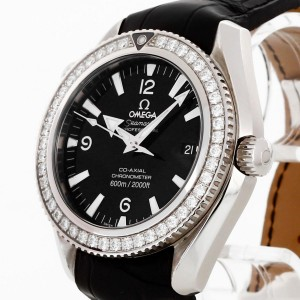 Omega Seamaster Planet Ocean Diamonds Ref. 22218422001001