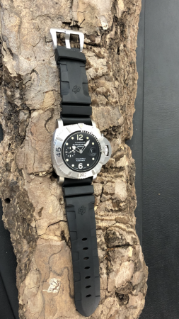Panerai Luminor Submersible Edelstahl Automatik Ref. PAM285 - OP6784