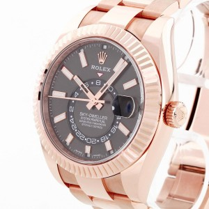 Rolex Oyster Perpetual Sky-Dweller Rosegold Ref. 326935 LC100
