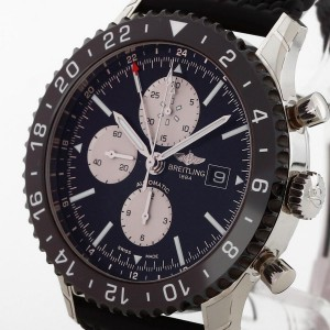 Breitling Chronoliner Chronograph an Kautschukband Ref. Y2431012