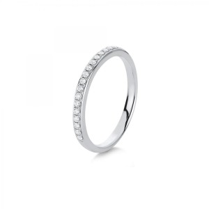 Ring 14 kt white gold with 17 brilliants ca. 0,15 ct, size 56