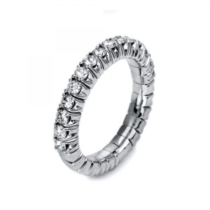 Ring 18 ct white gold with 15 brilliants ca. 0,83 ct, size 53