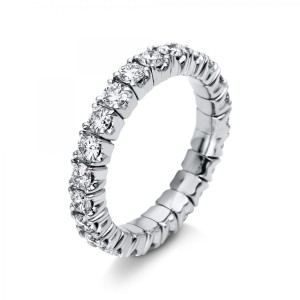 Ring 18 ct white gold with 23 brilliants ca. 1,81 ct, size 53