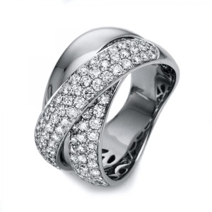 Ring 18 ct white gold with 94 brilliants ca. 1,80 ct, size 55