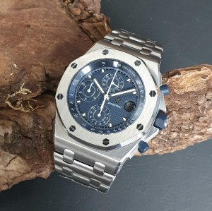 Audemars Piguet Offshore Chronograph 42 FULL SET Ref. 25721ST/O/1000ST/01