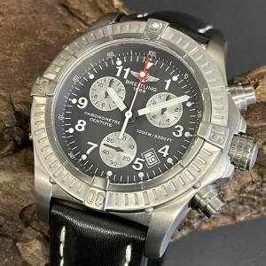 Breitling Avenger M1 Chronograph Ref. E73360-211