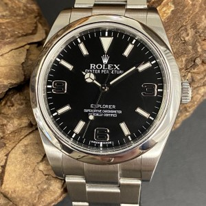 Rolex Oyster Perpetual Explorer I 39 mm - LC 100 - Ref. 214270