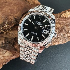Rolex Datejust 41mm FULL SET Ref. 126334