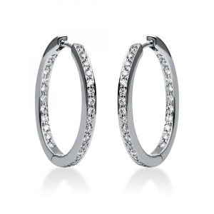 Hoop earrings 18 ct white gold with 56 brilliants ca. 0,75 ct