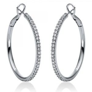 Hoop earrings 18 ct white gold with 62 brilliants ca. 1,08 ct