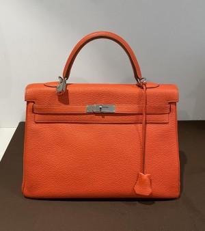 Hermès Kelly Bag 35 in Rot