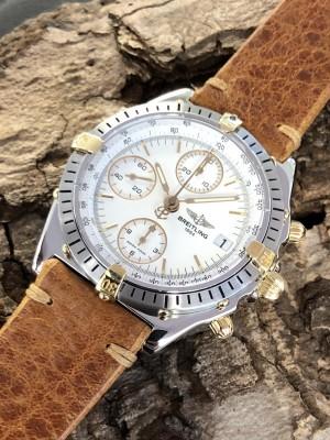 Breitling Chronomat an blauem Lederband Ref. 81950
