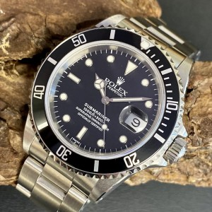 Rolex Submariner Date - Swiss Only - Fullset Ref. 16610