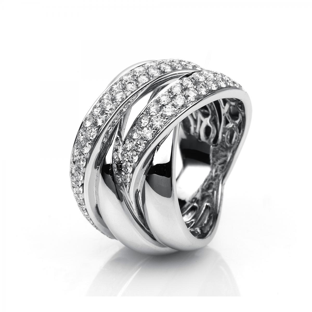 Ring white gold 18 ct with 77 brilliants ca. 1,40 ct, size 55