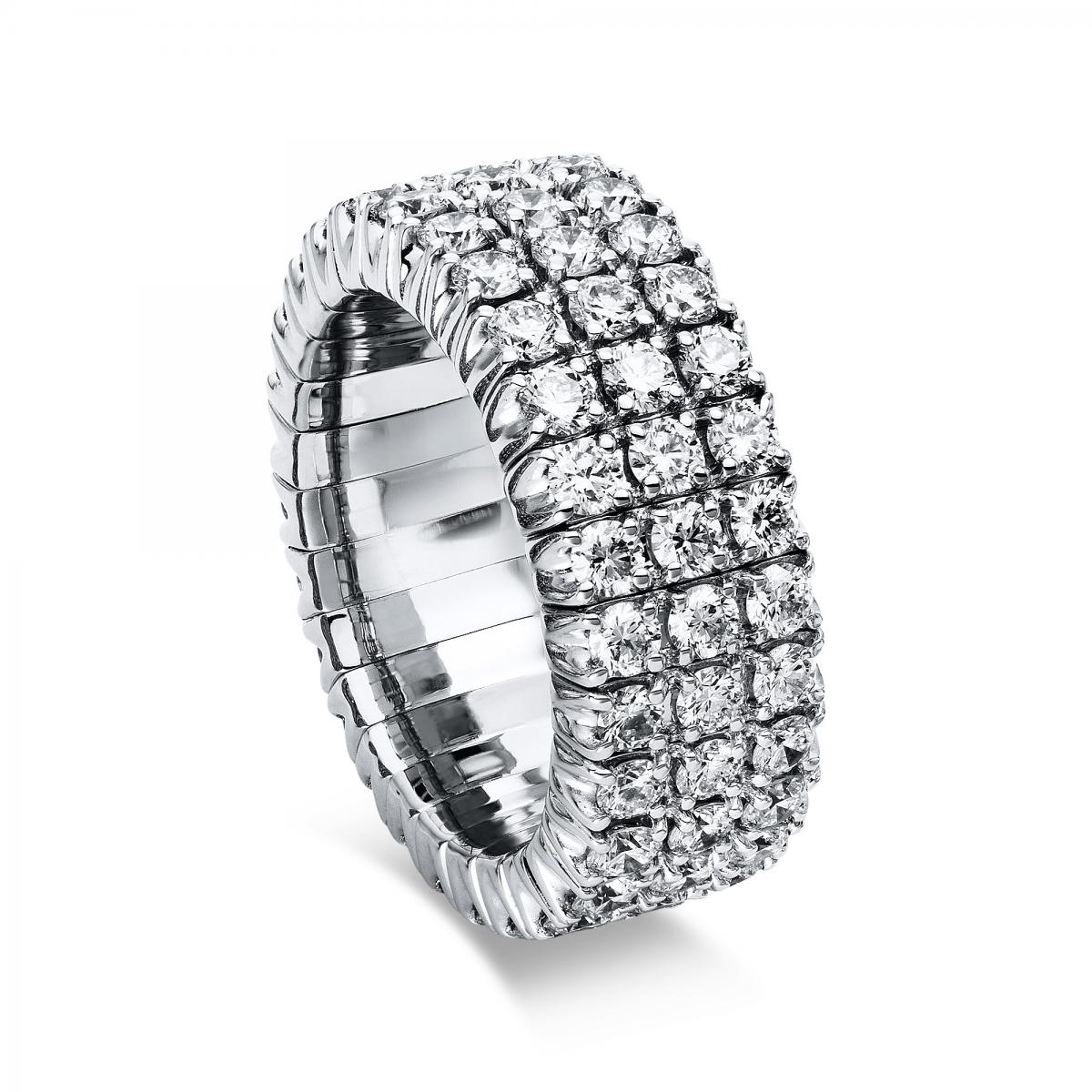 Ring 18 ct white gold with 84 brilliants ca. 3,90 ct, size 53