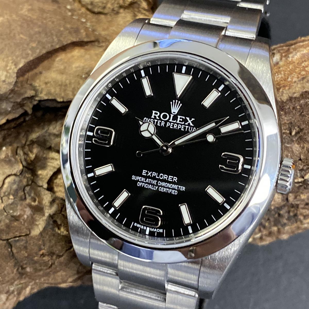 Rolex Oyster Perpetual Explorer 39 Ref. 214270